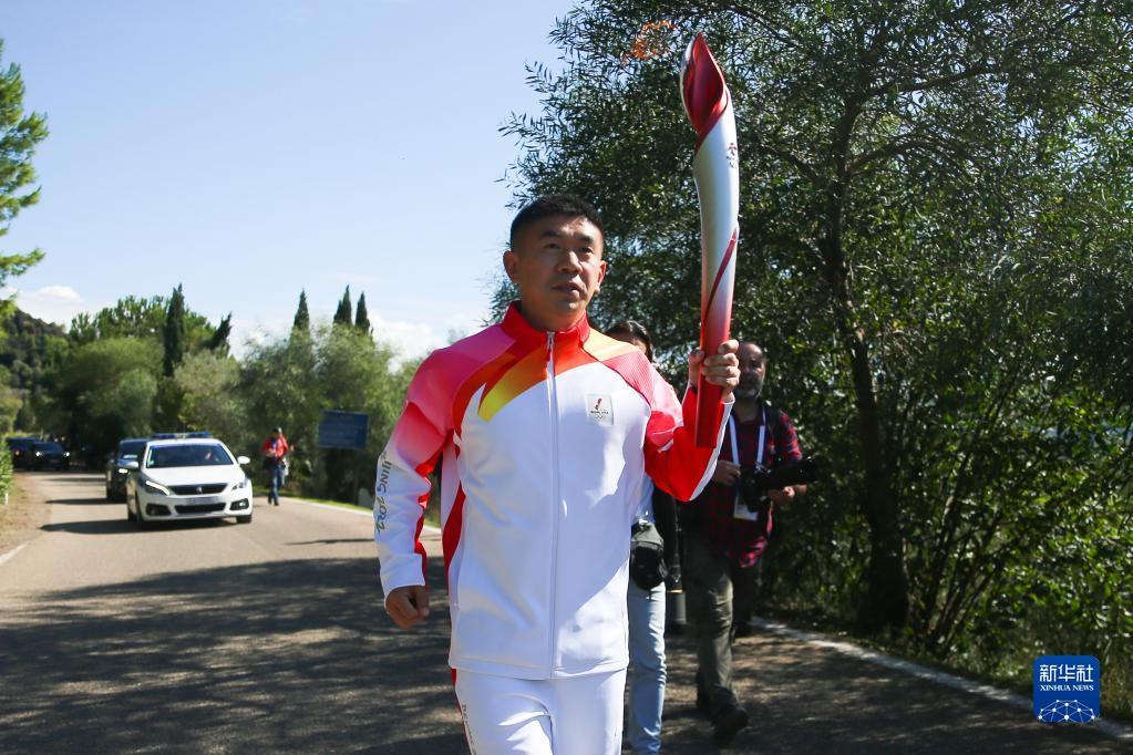 北京冬奥会火种在希腊成功点燃